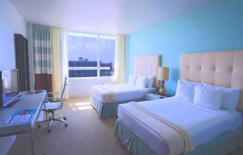 Deauville Beach Resort - Room - 13