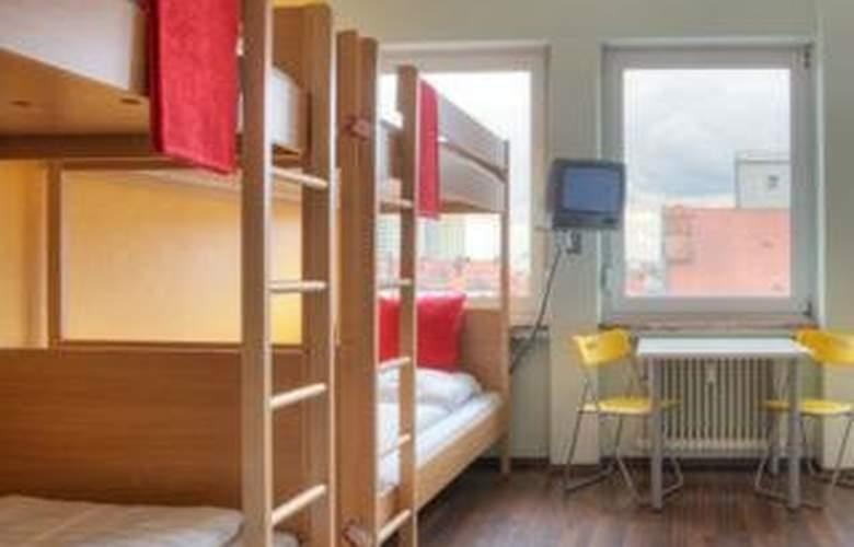 Meininger Munich City Center - Room - 3