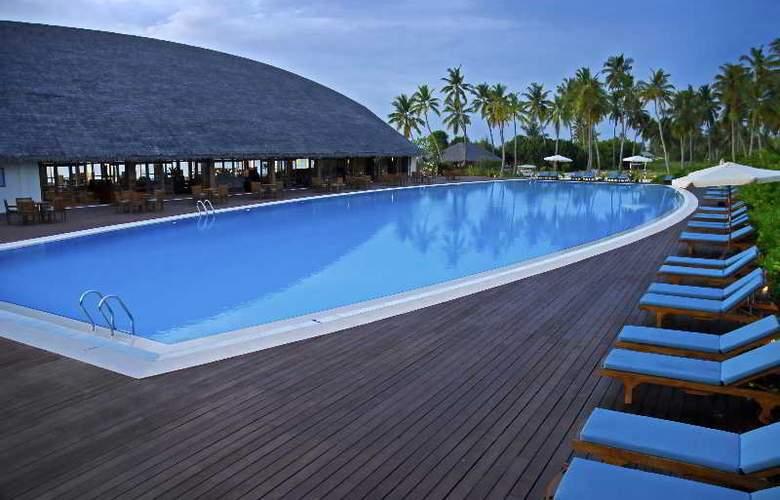 Herathera Island Resort - Pool - 14