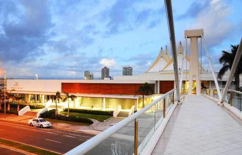 Sheraton Grand Mirage Resort, Gold Coast - Beach - 48