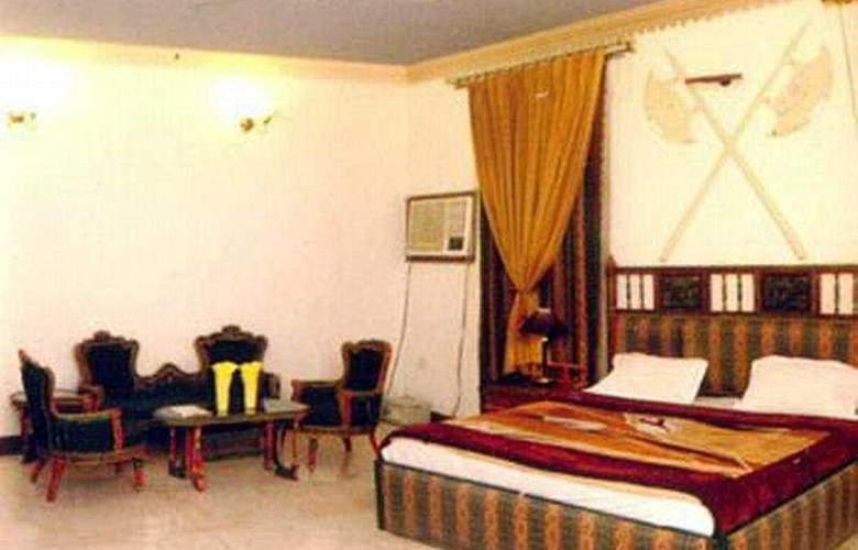 Ivory Palace - Room - 5