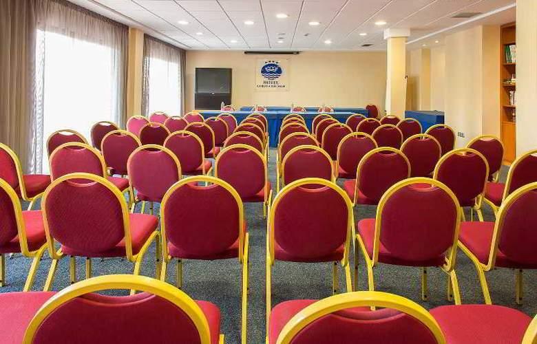RH Corona del Mar - Conference - 5