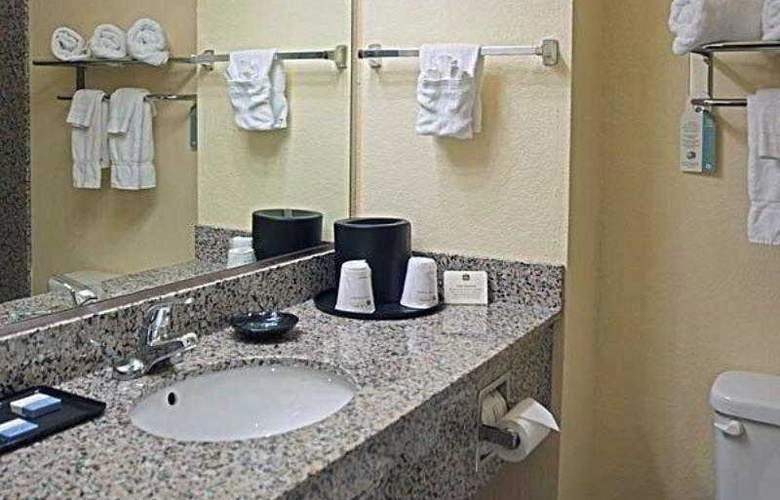 Best Western Plus Sherwood Inn & Suites - Hotel - 3