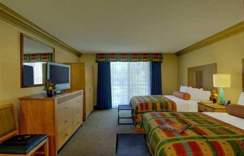 Embassy Suites Phoenix Biltmore - Hotel - 11