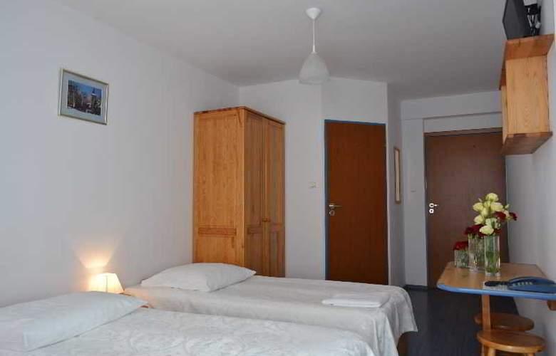 Panorama Hotel - Room - 16