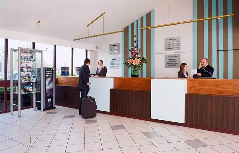 Novotel Stevenage - Hotel - 14