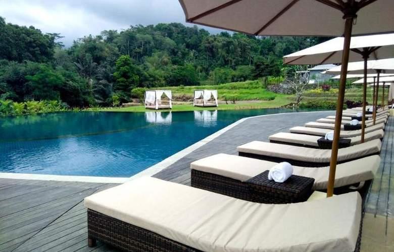 Saranam Eco-Resort & Spa - Pool - 2