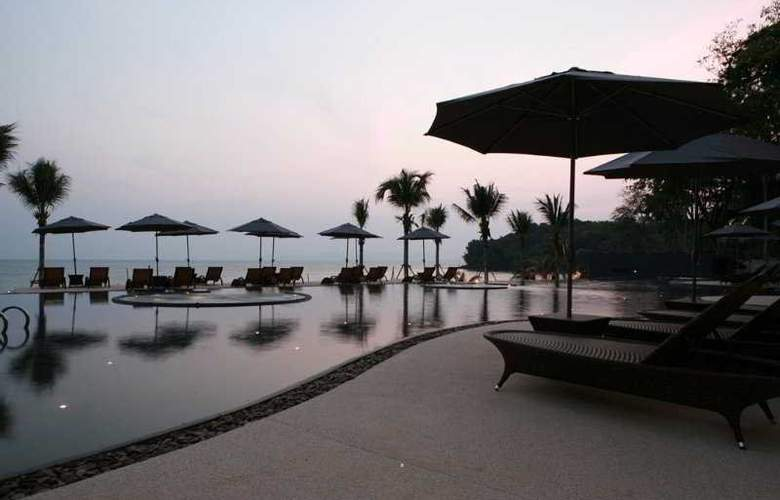 Beyond Resort Krabi - Pool - 7