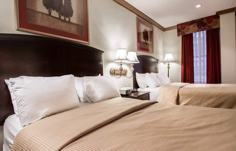Clarion Park Avenue - Room - 13