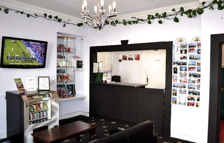 Blair Victoria & Tudor Inn - Hotel - 10
