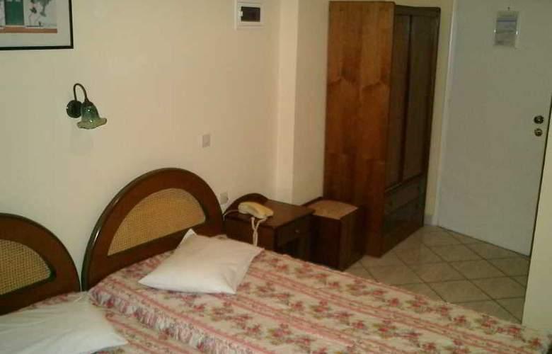 Palladion Hotel - Room - 3