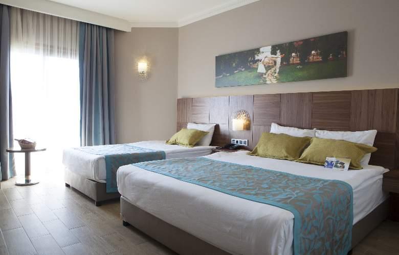 Letoonia Golf Resort - Room - 4