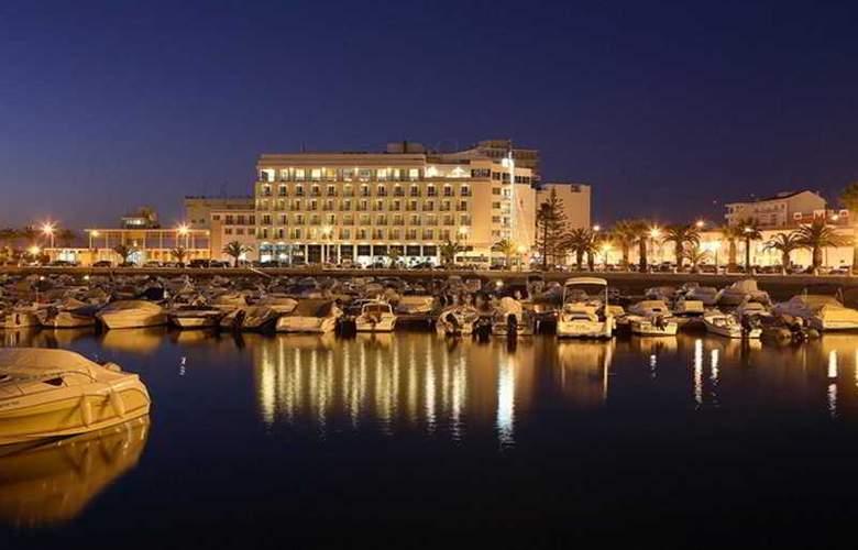 Eva - Hotel - 0