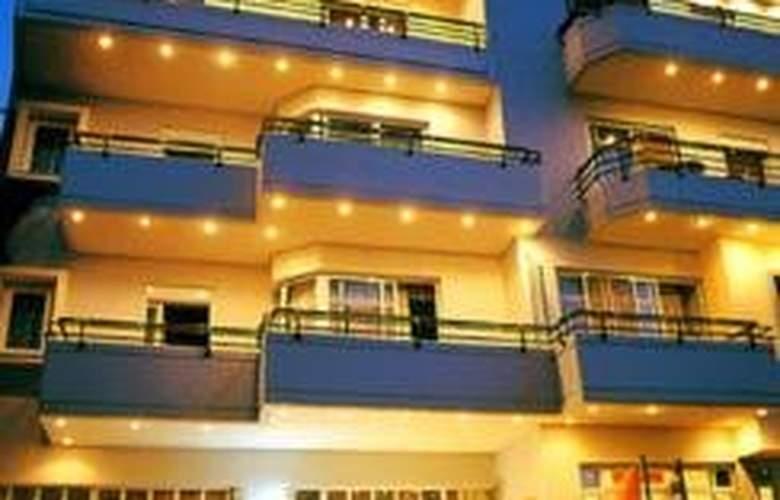 Alantha Apts - Hotel - 0