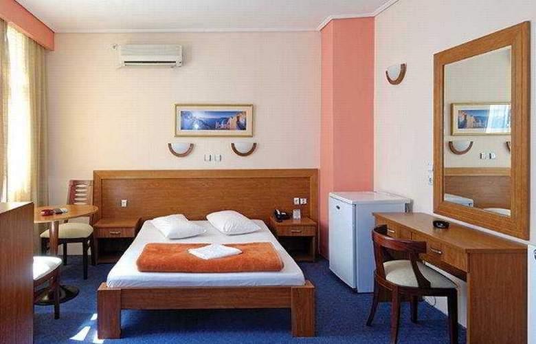 Acropole Piraeus - Room - 4