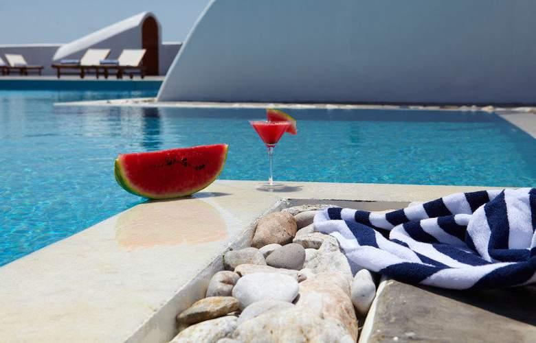 Splendour Resort - Pool - 6