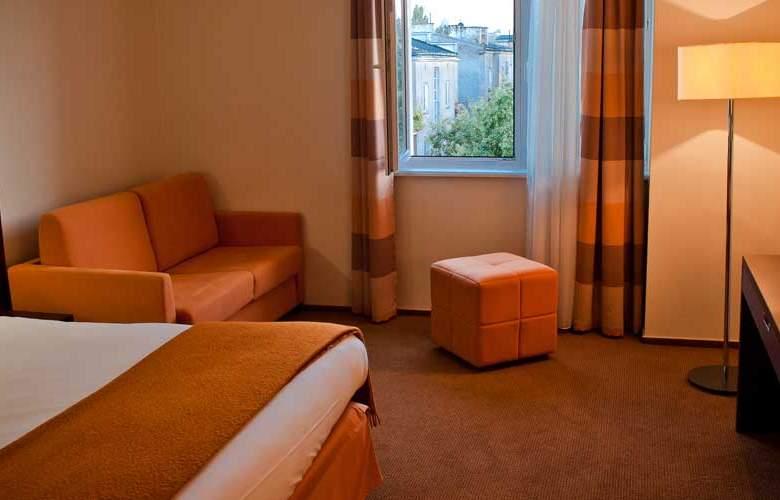 DeSilva Piaseczno - Room - 6