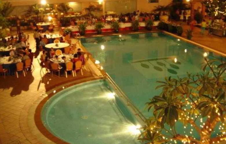 Imperial Garden Villa & Hotel Phnom Penh - Room - 24