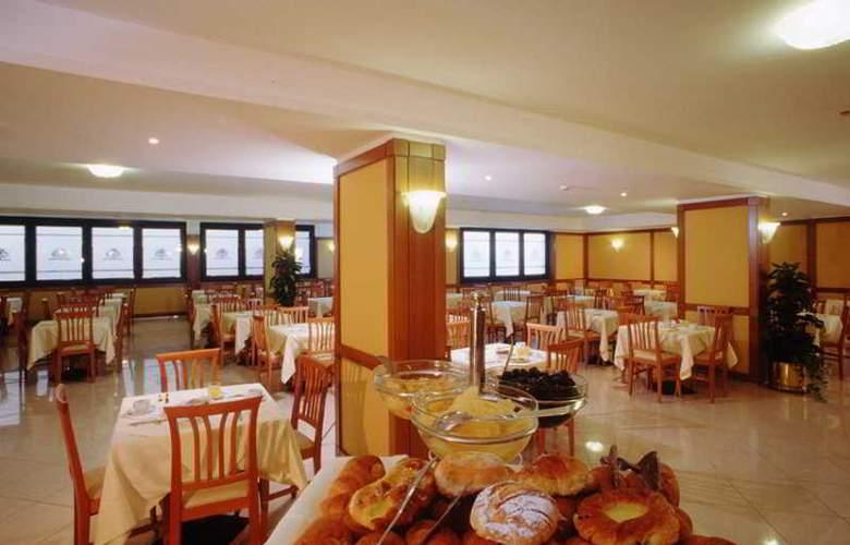 The Brand - Restaurant - 10
