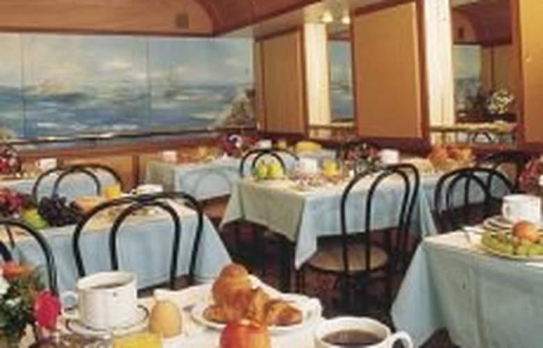 Mayflower - Restaurant - 5