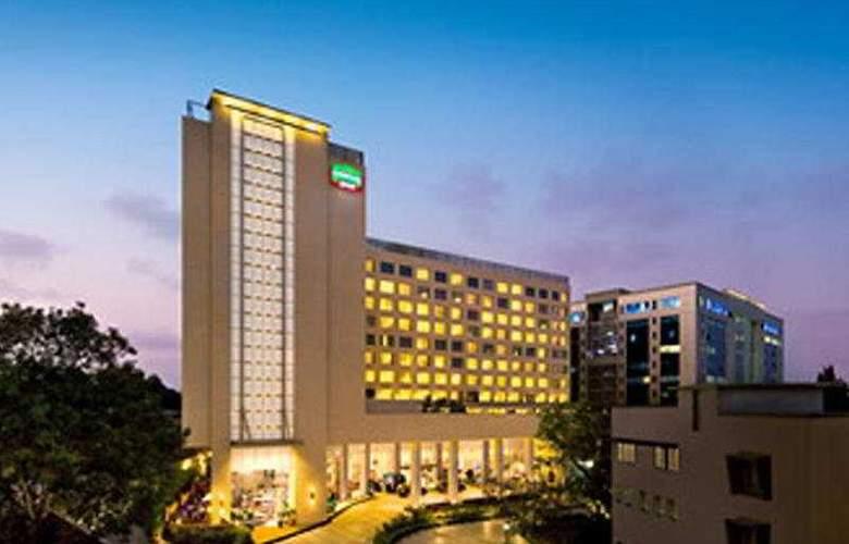 Courtyard By Marriott Mumbai - Hotel - 0