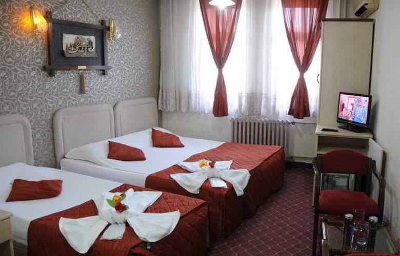 Ani & Sems - Room - 6