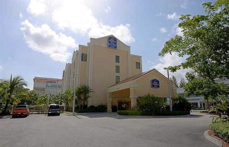 Best Western Plus Kendall Hotel & Suites - Hotel - 4