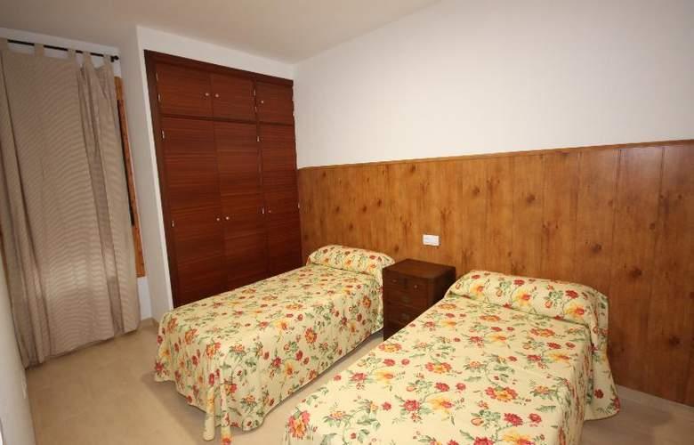 Campillo Apartamentos Rurales - Room - 2