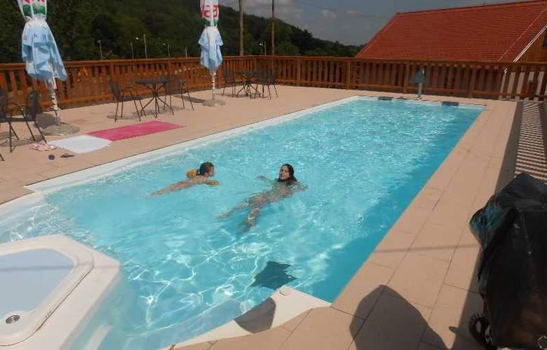 Heart Of Nature Srakovcic - Pool - 2