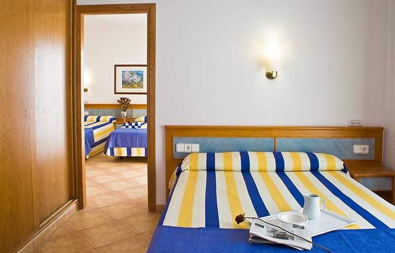 Azuline Rosamar - Room - 3