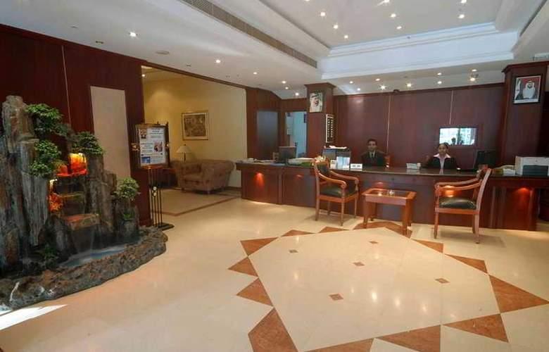 Claridge - Hotel - 0