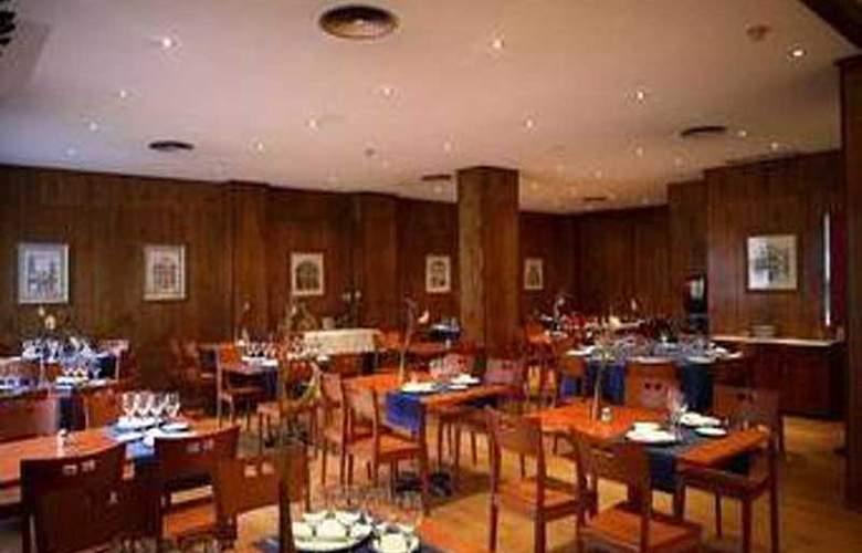 Sancho Ramirez - Restaurant - 10