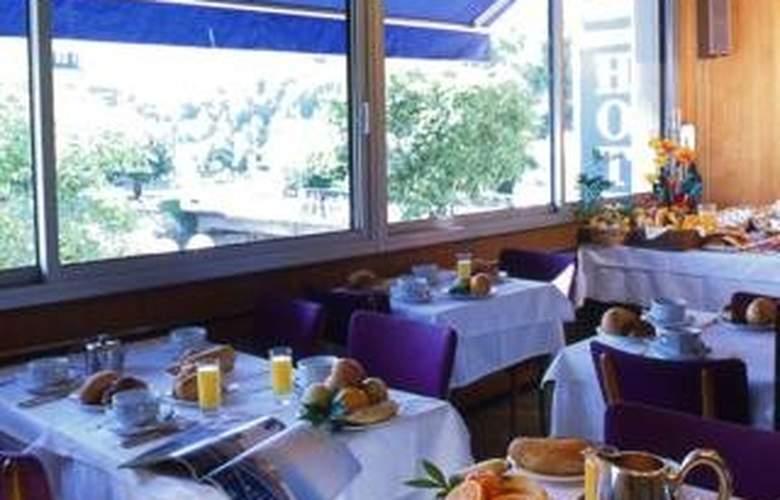 Hotel Christina - Restaurant - 0