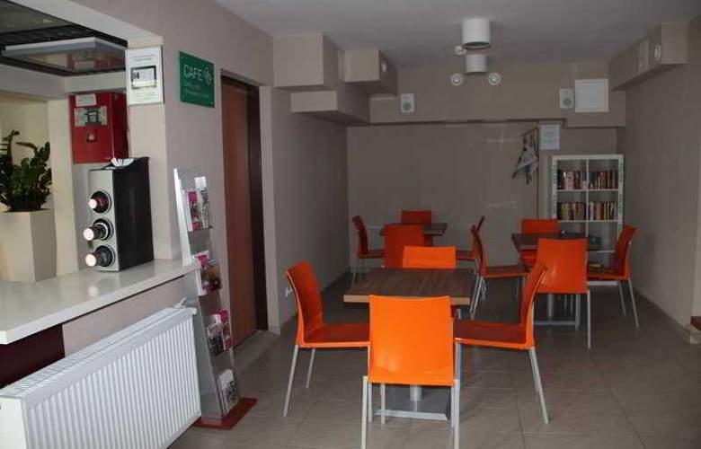 Hostel 36 - Bar - 2