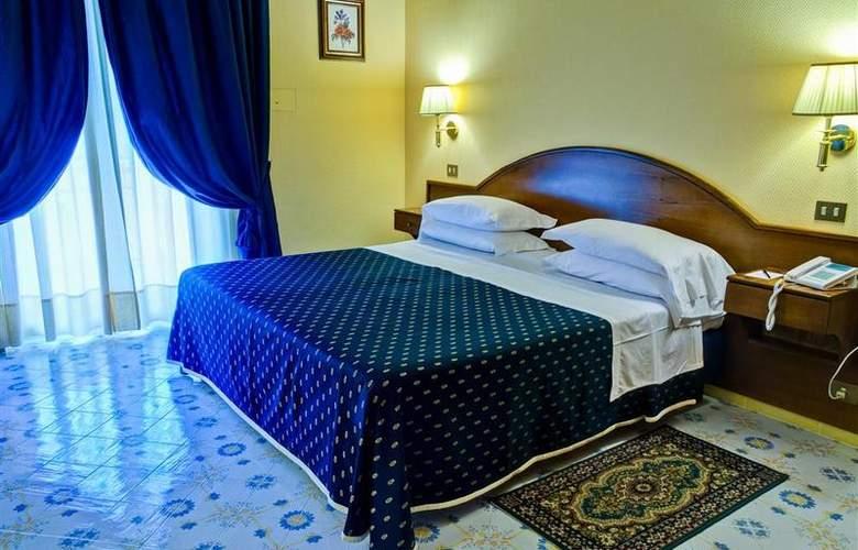Best Western La Solara Sorrento - Room - 22