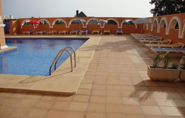 Apartamentos Fenix - Pool - 10