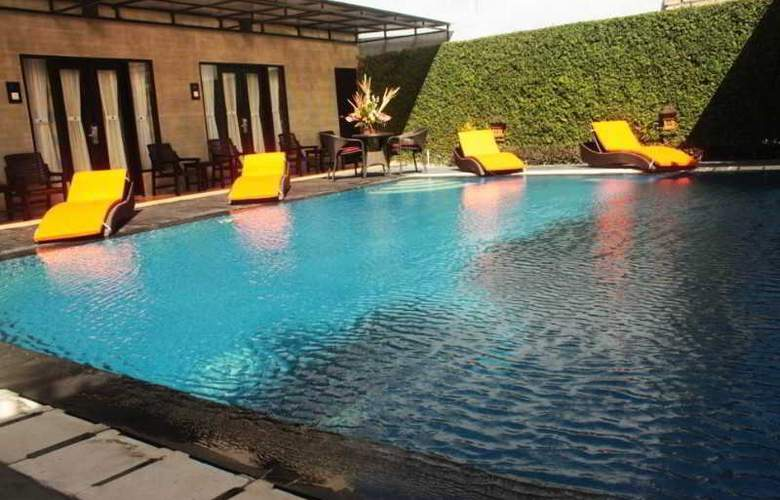 The Losari Hotel and Villas - Pool - 8