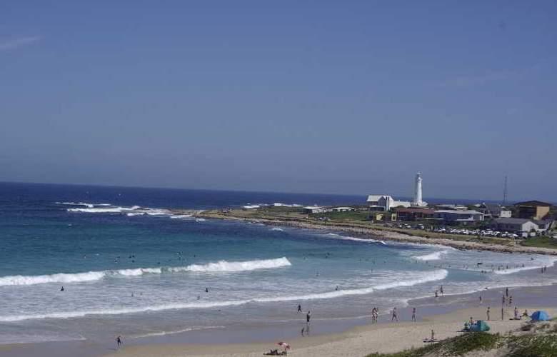 Cape St Francis Resort - Beach - 30