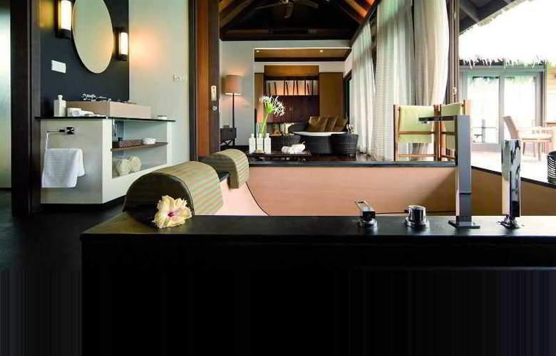 Coco Bodu Hithi - Hotel - 8