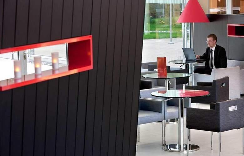 Novotel Zurich City West - Bar - 49