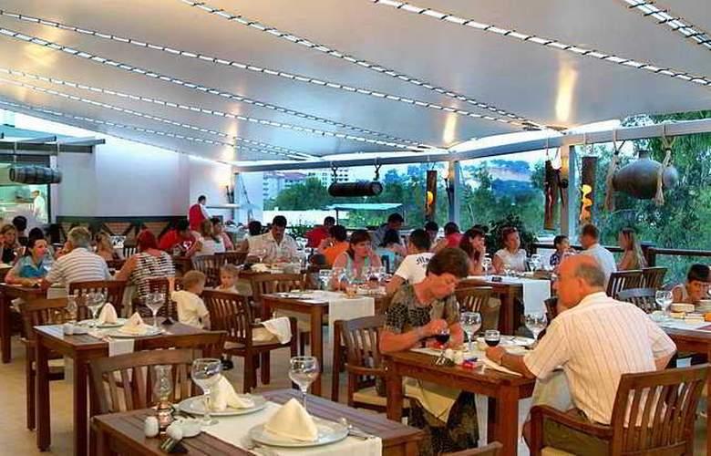 Club Justiniano Park Conti - Restaurant - 10