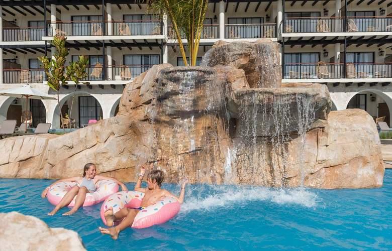 Ocean El Faro - Pool - 18