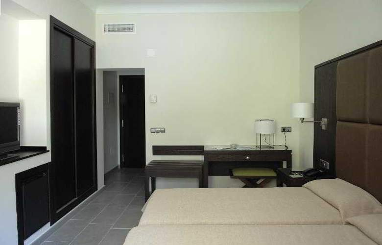 Fiesta Hotel Cala Gracio - Room - 13