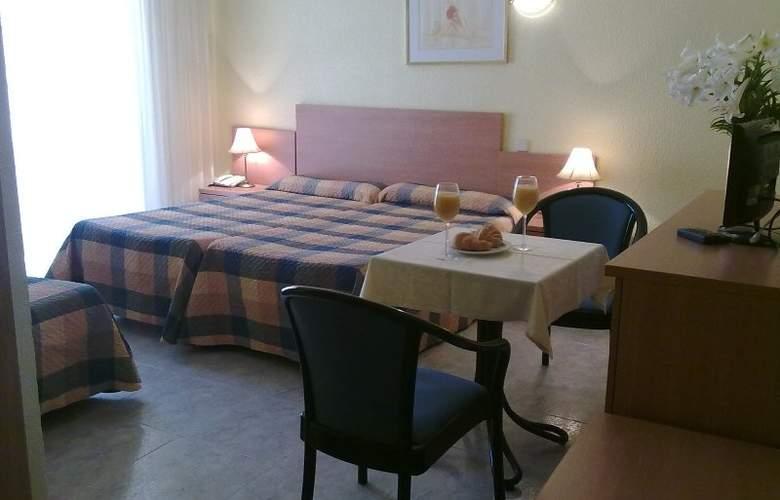 Felipe II - Room - 3