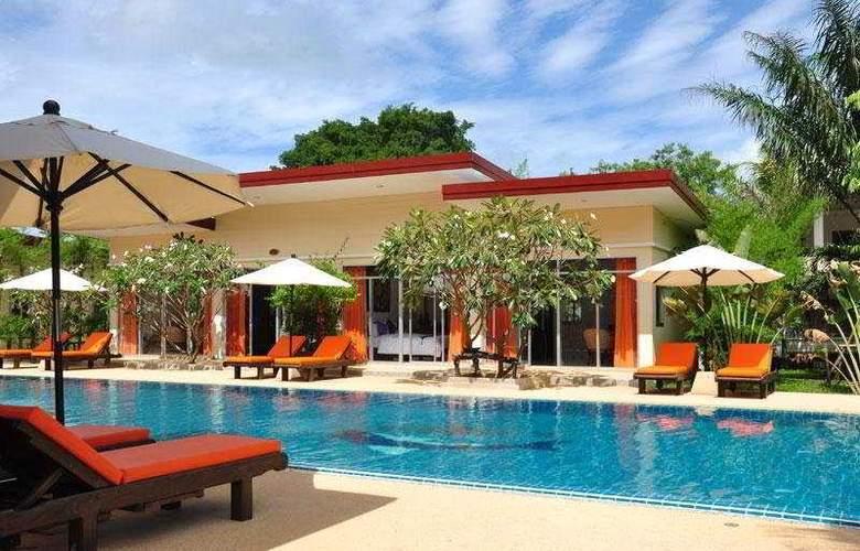 Phuket Sea Resort (formely Maalai Resort) - Pool - 6