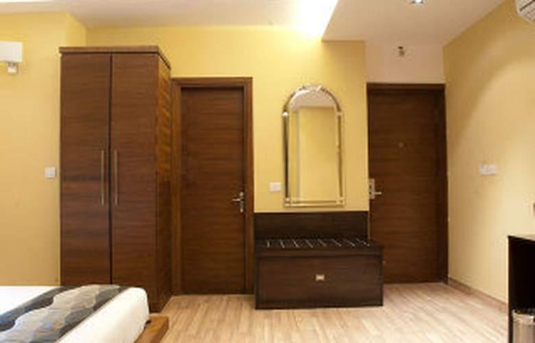 Uds - Room - 2