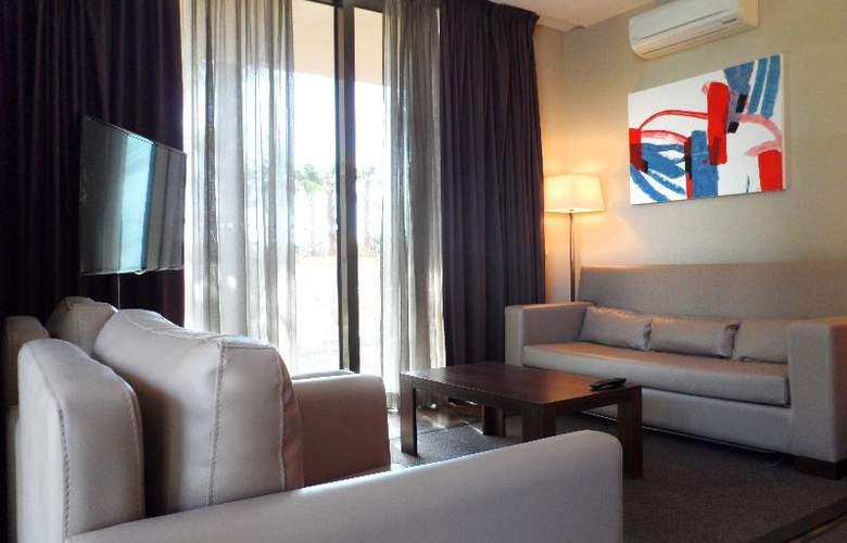 Nau Salgados Palm Village Apartments & Suites - Room - 11