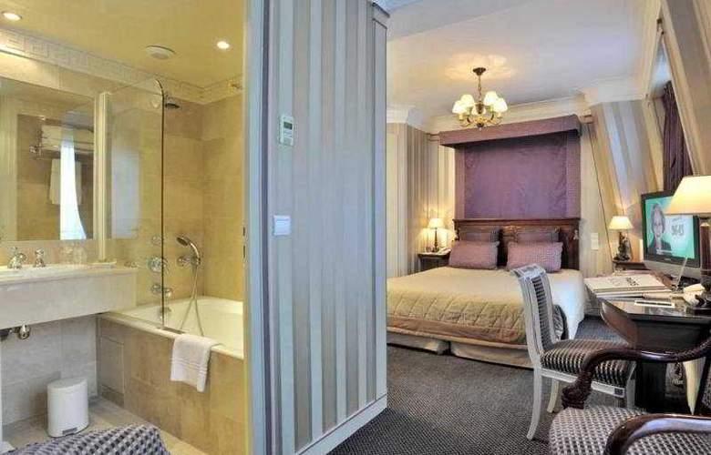 Napoleon - Room - 7