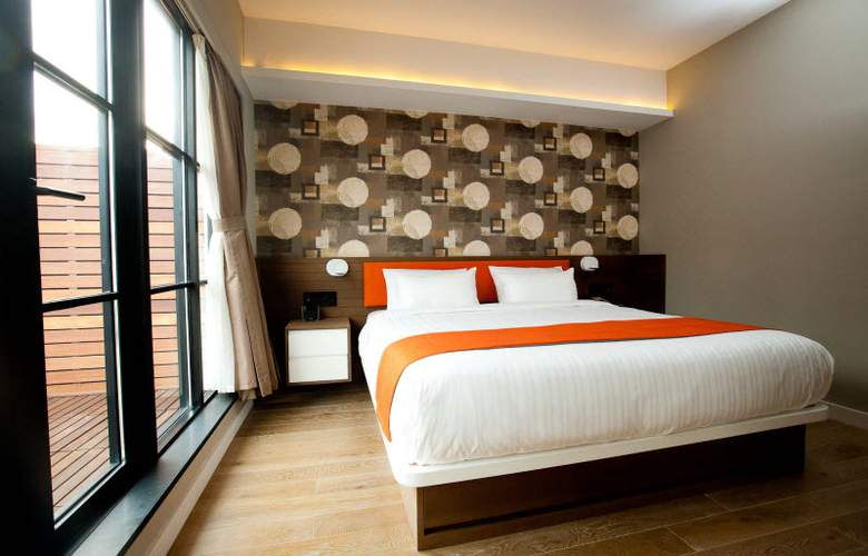 NobleDen Hotel - Room - 9