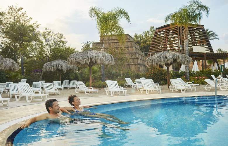 Ruleta Port Aventura Resort - Pool - 3